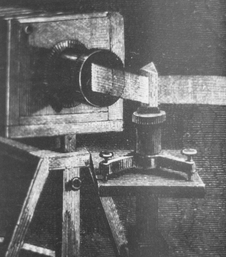 Costruzione realizzata all'inizio del diciannovesimo secolo dai fisici, con la quale si cercò di dare un'immagine stabile e durevole